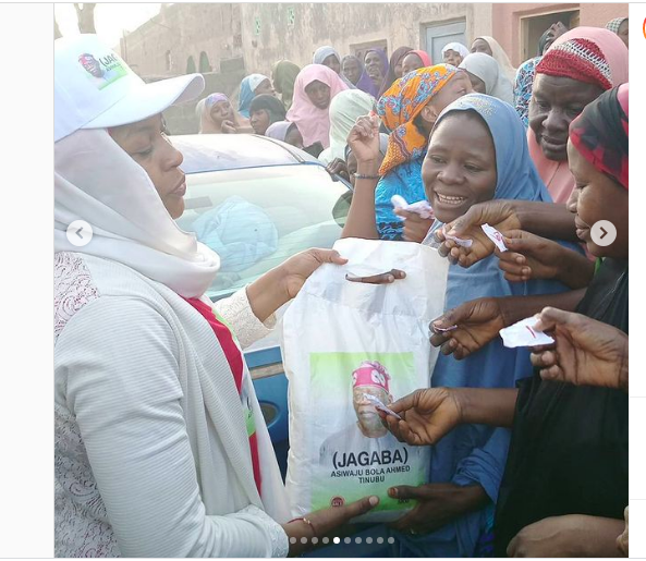 PHOTOS: Bola Tinubu Distribute Bags Of Rice To Kano Residents Ahead Of 2023
